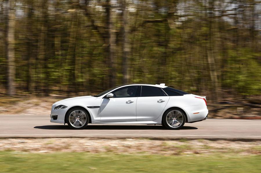 ... Jaguar XJ Side Profile ...
