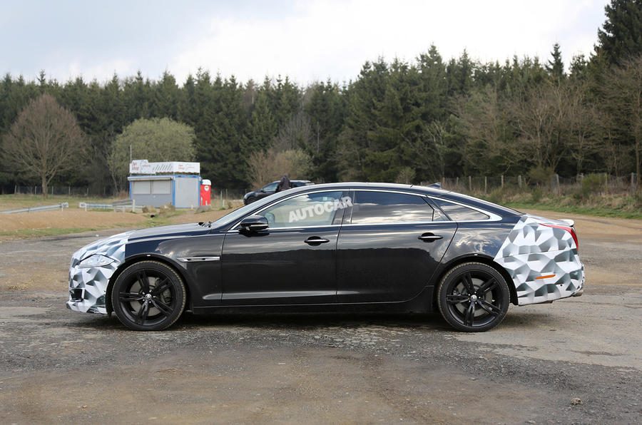 Updated Jaguar XJ-R spotted testing
