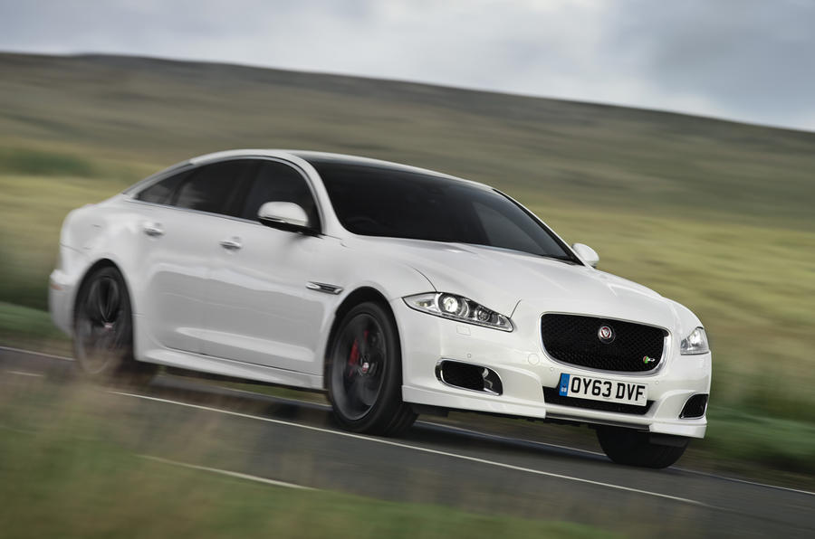 Jaguar XJR ...