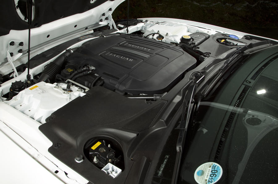 Jaguar XK 5.0-litre V8 engine