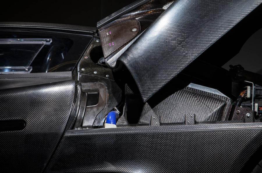 Jaguar C-X75 carbonfibre body panels