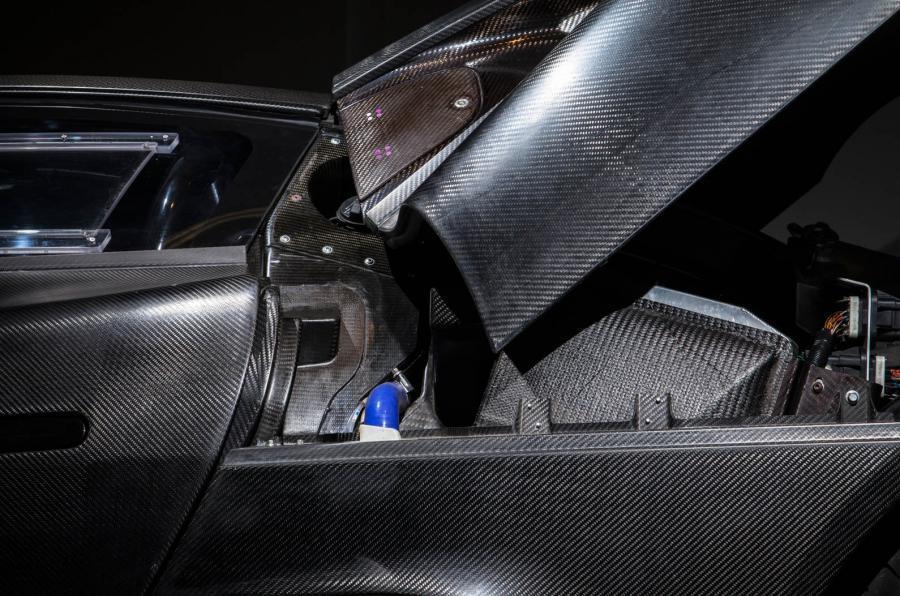 Jaguar C-X75 carbonfibre body panels