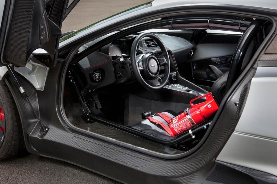 ... Jaguar C X75 Interior ...