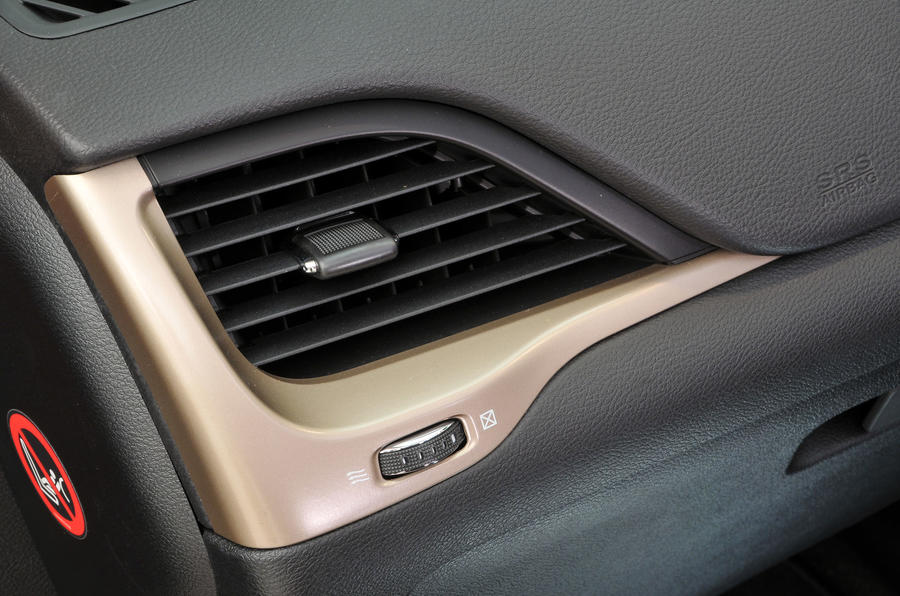 Jeep Cherokee air vents