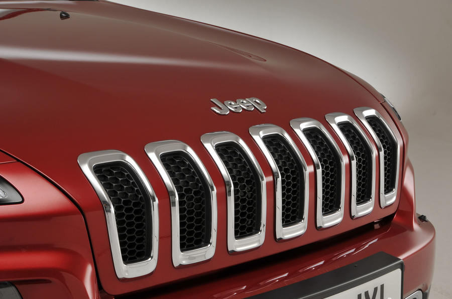 Jeep Cherokee front grille