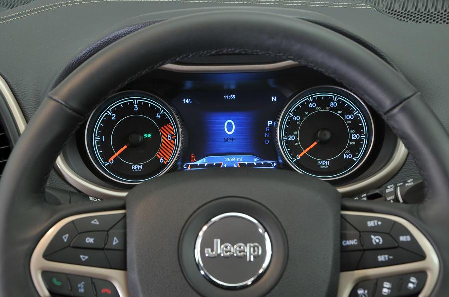 Jeep Cherokee instrument cluster