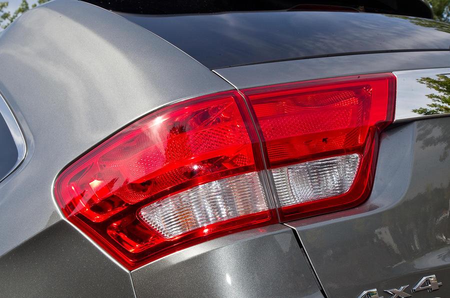 Jeep Grand Cherokee rear lights