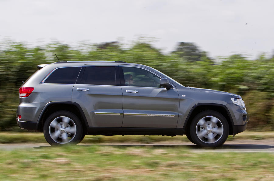 Jeep Grand Cherokee side profile