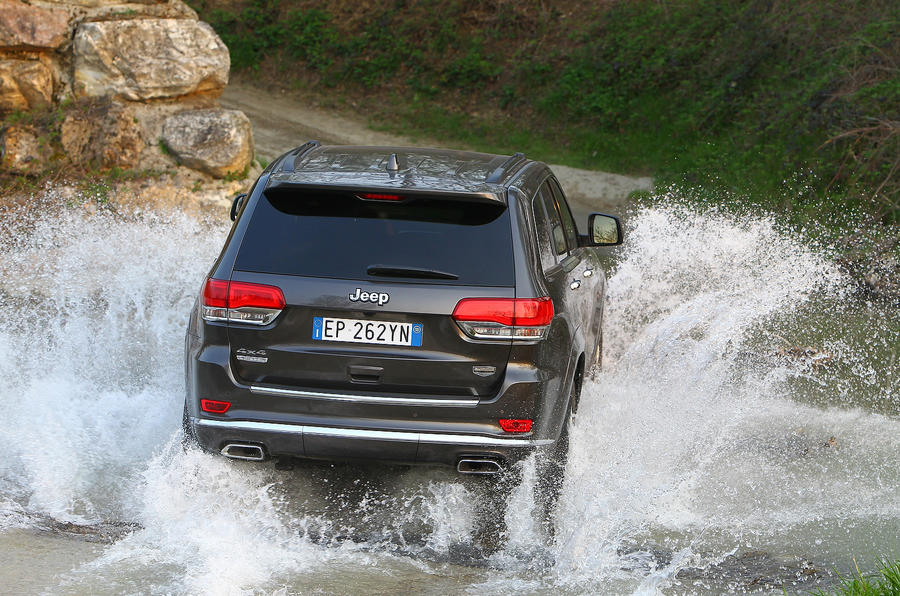 Jeep Grand Cherokee rear in water