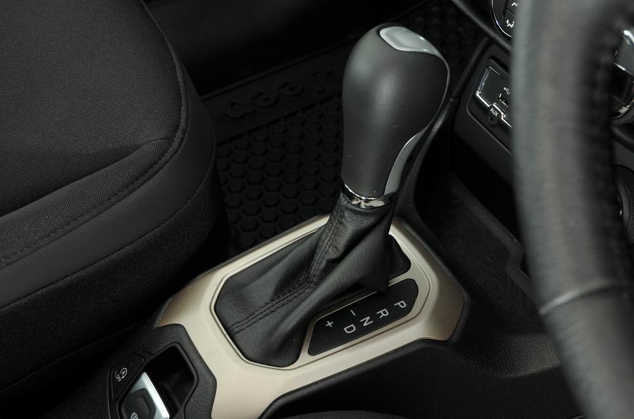 Jeep Renegade automatic gearbox