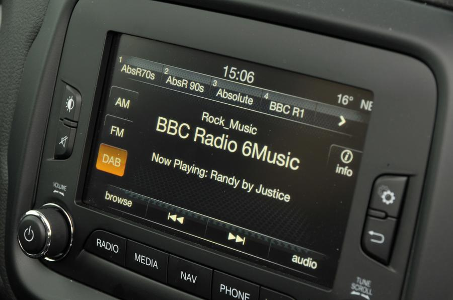 Jeep Renegade Uconnect infotainment system