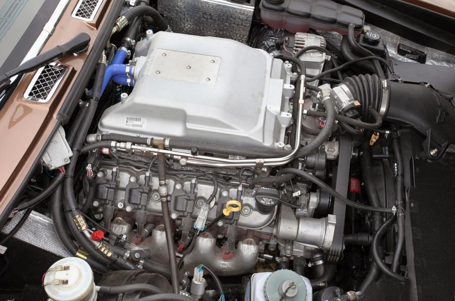 6.2-litre V8 LSA JIA Interceptor R engine