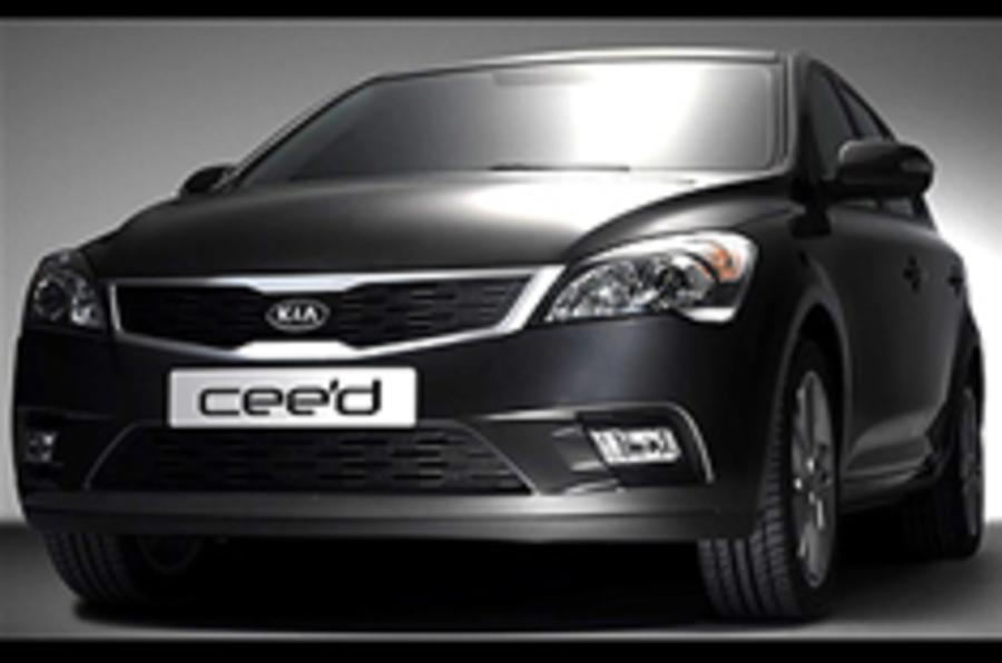 Facelifted Kia Cee'd revealed