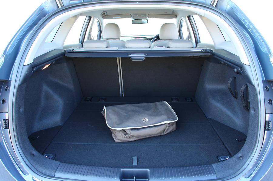 Kia Cee'd Sportswagon boot space