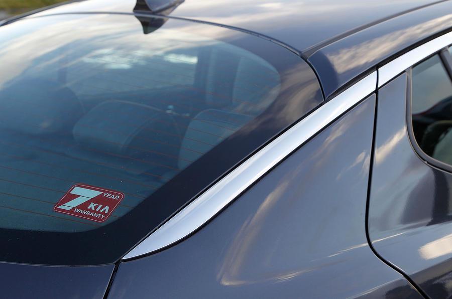 Kia Optima rear window