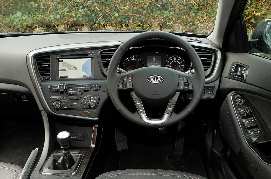 ... Kia Optima Dashboard ...