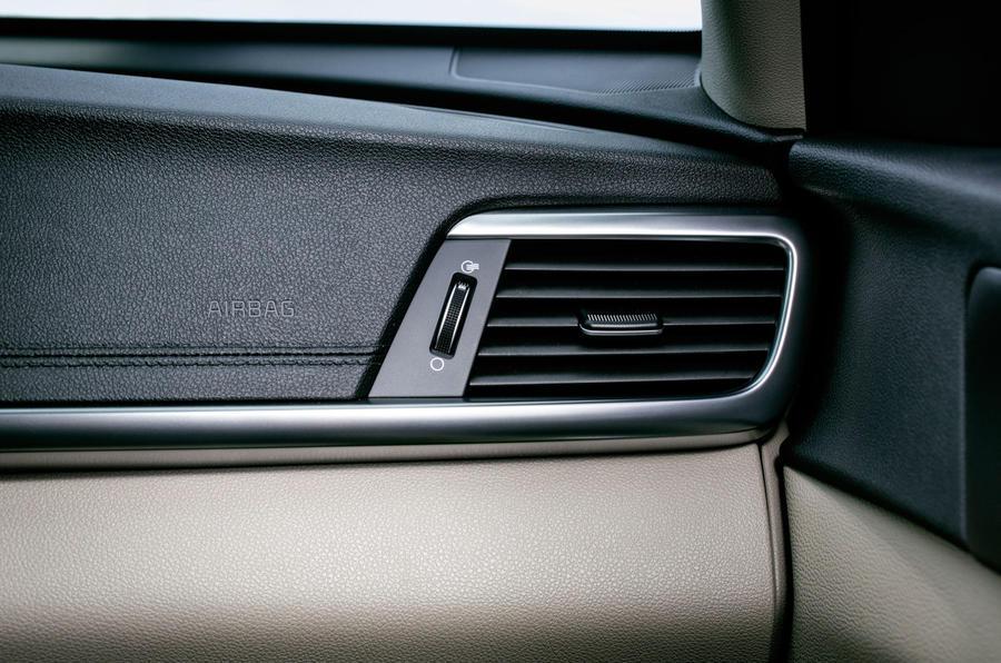 Kia Optima air vents