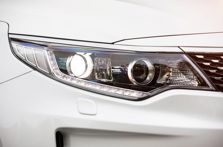 Kia Optima LED headlights