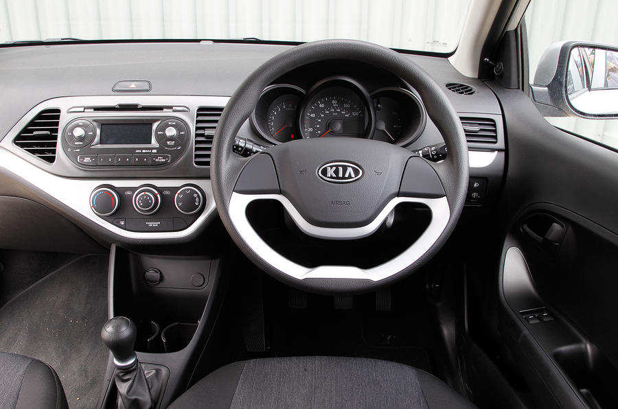kia picanto interior autocar. Black Bedroom Furniture Sets. Home Design Ideas
