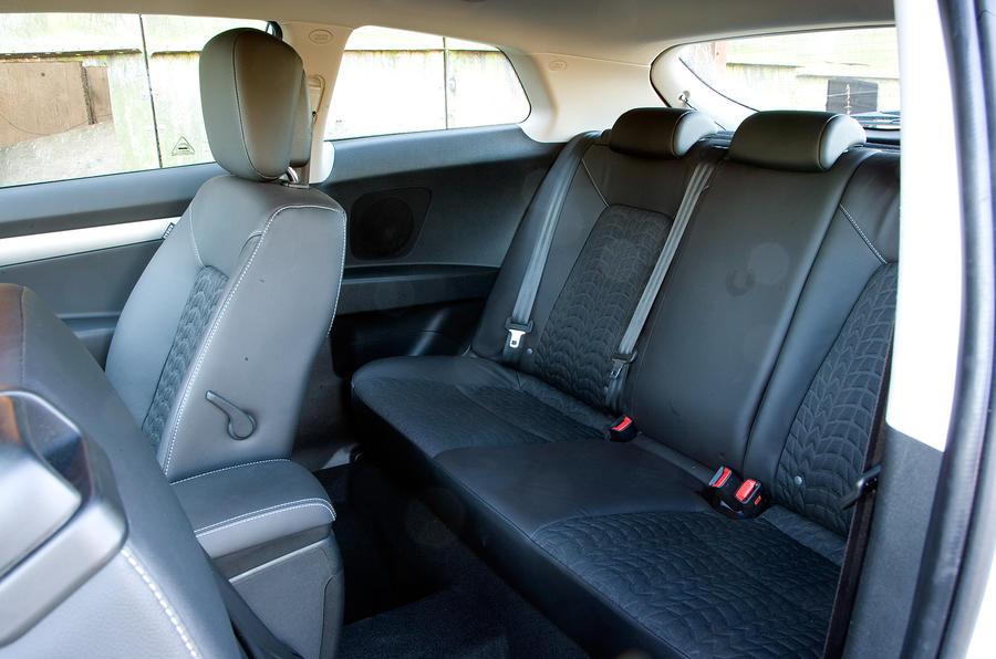 Kia Procee'd rear seats