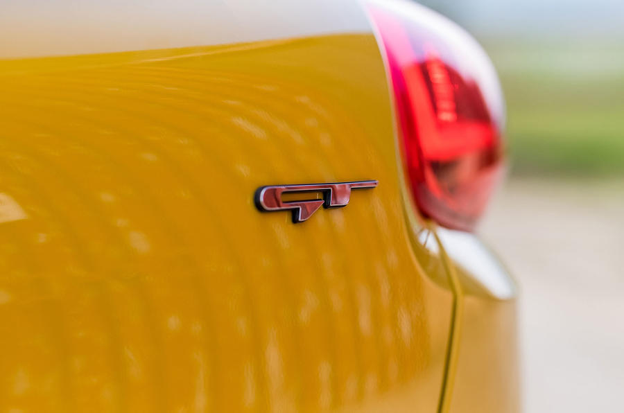 Kia Procee'd GT badging