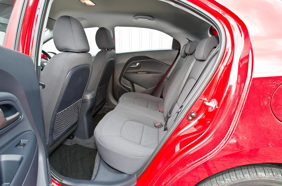 Kia Rio rear seats