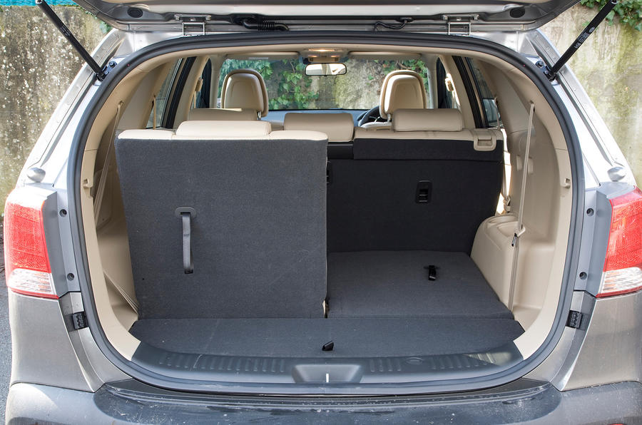 Kia Sorento boot space