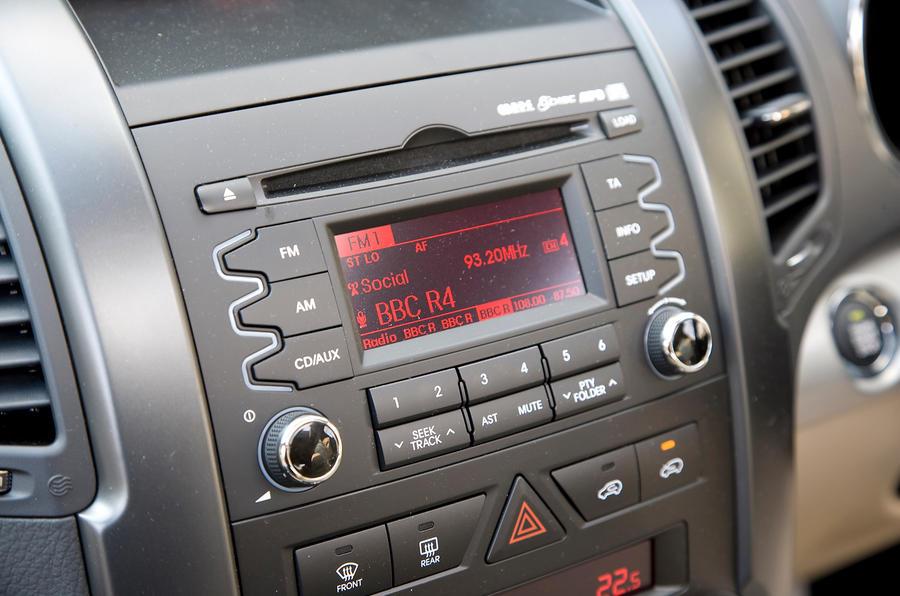 Kia Sorento audio system