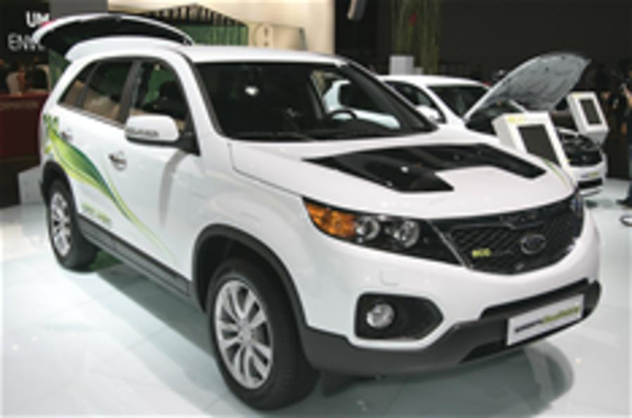 Kia plans diesel-hybrids