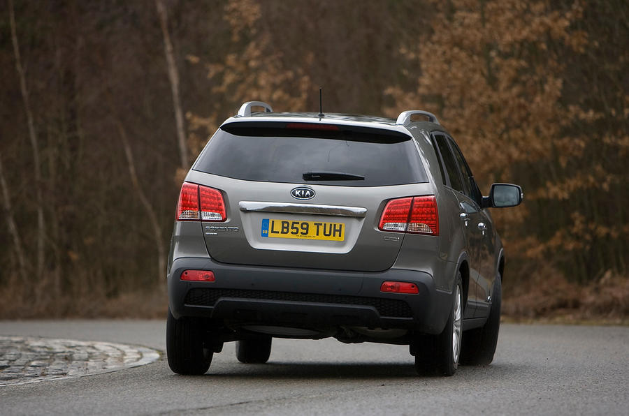 Kia Sorento rear cornering