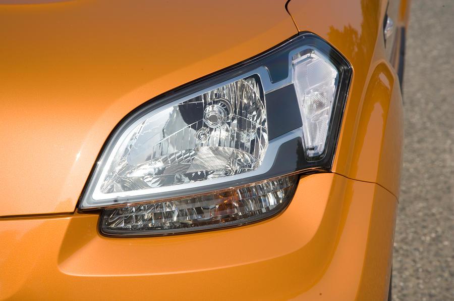 Kia Soul headlight