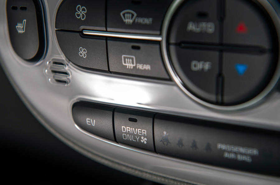 Kia Soul EV climate controls