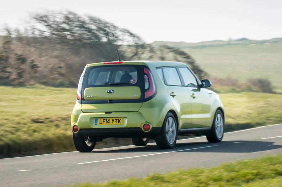 Kia Soul rear cornering