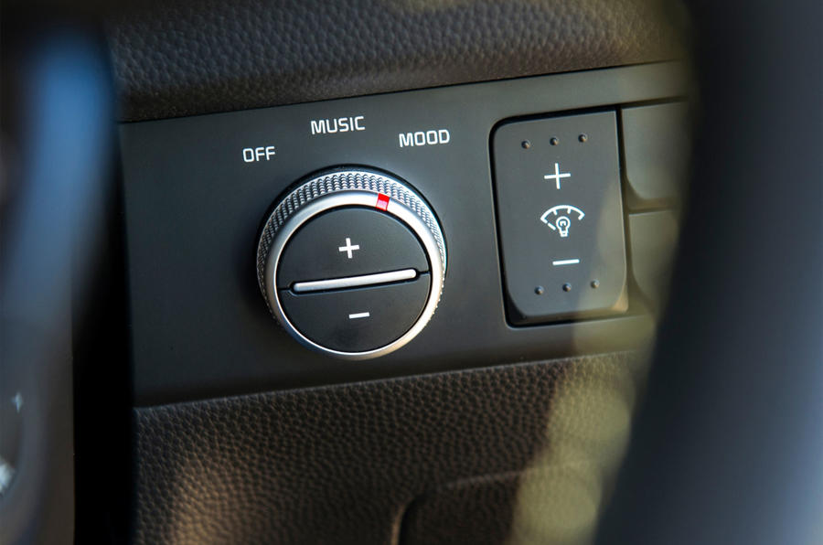 Kia Soul switchgear