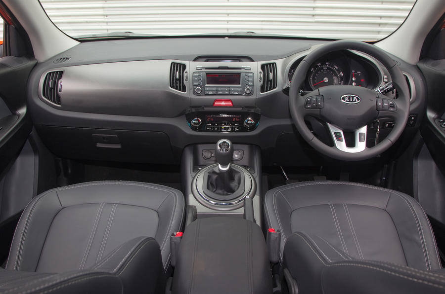 Kia sportage 2010 2016 interior autocar the high set seat makes the sportage feel very much like the suv it is sciox Gallery