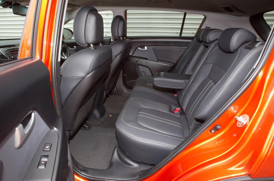 Kia Sportage 2010 2016 Interior Autocar
