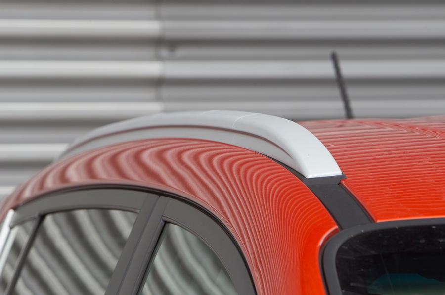 Kia Sportage roof rails