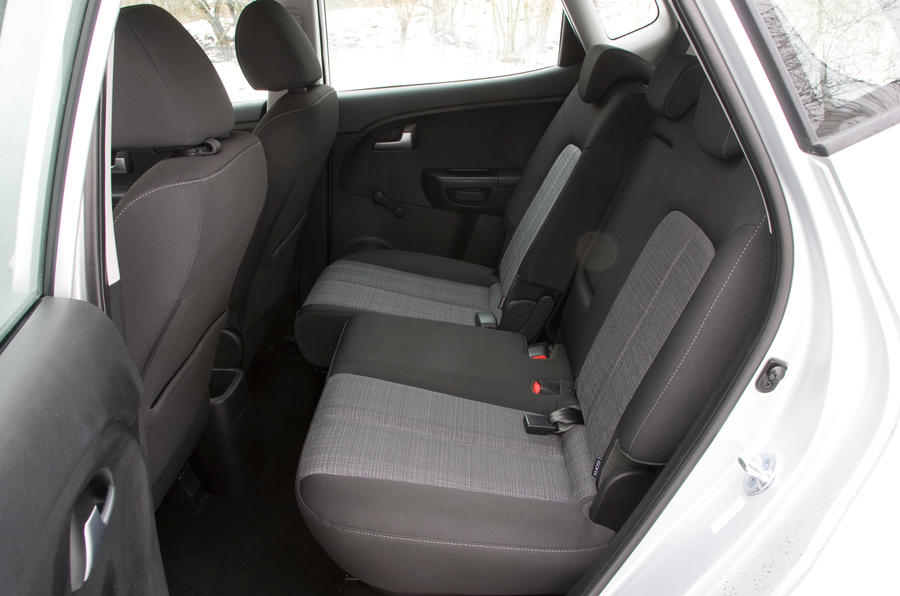 Kia Venga rear seats