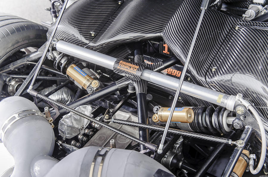 Koenigsegg One:1 triplex suspension