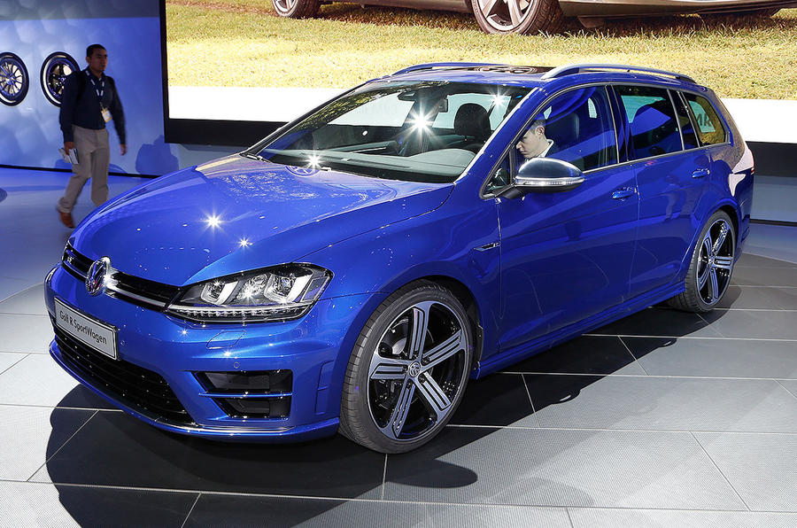 Volkswagen reveals hot Golf R estate