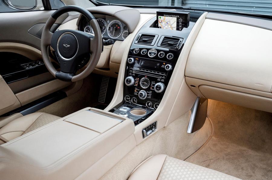 Aston Martin Lagonda Taraf's dashboard