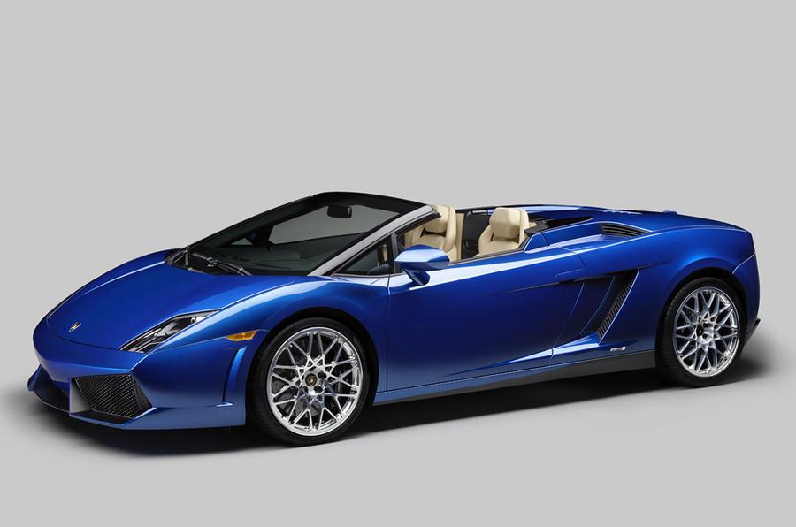 New rear-drive Lambo Spyder shown
