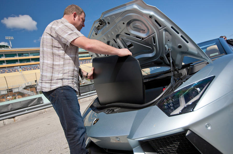 Lamborghini Aventador Roadster boot space