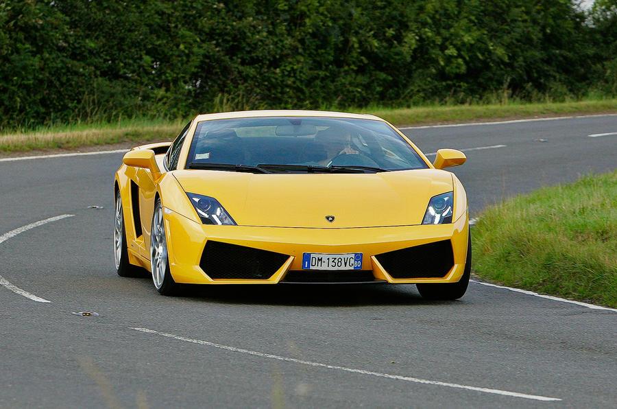Lamborghini Gallardo cornering