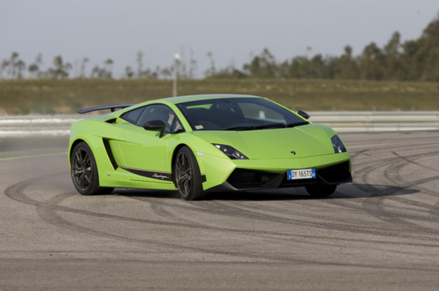 Gallardo Superleggera on video