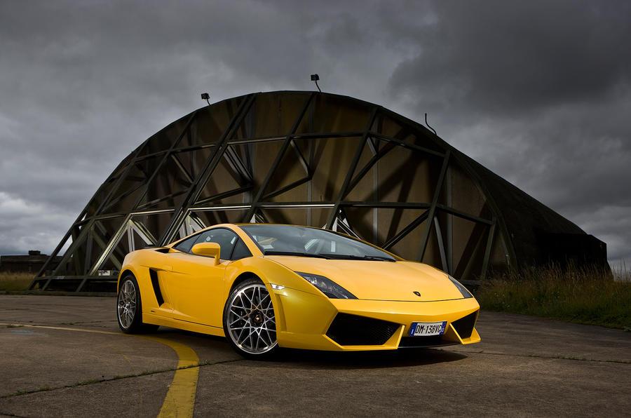 4 star Lamborghini Gallardo