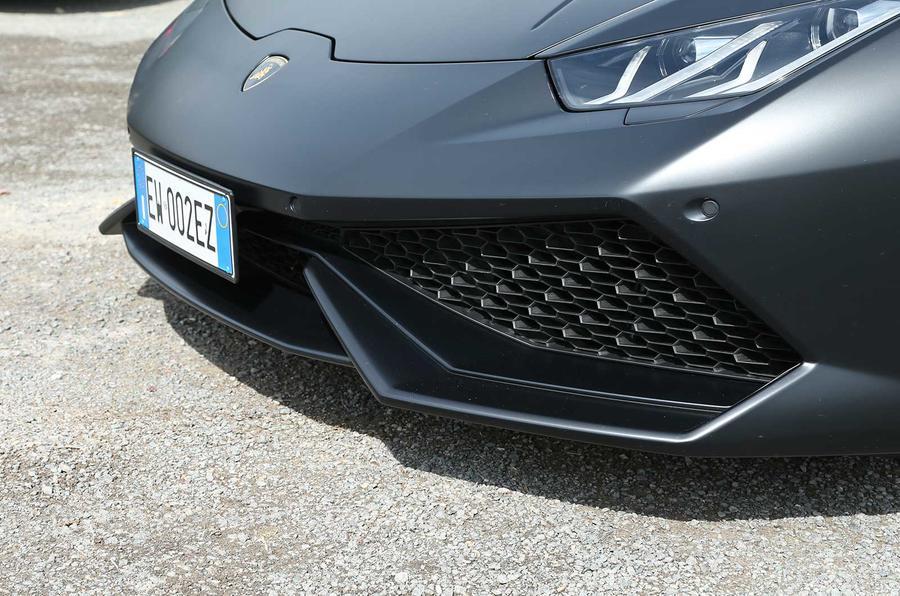 Lamborghini Huracan LP610-4 front air splitter