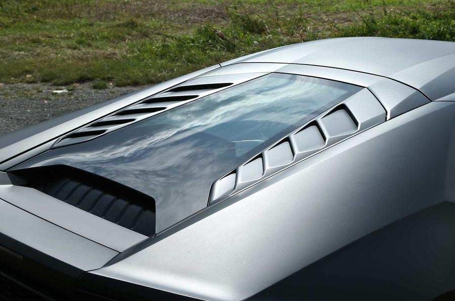 Lamborghini Huracan LP610-4 glass engine cover