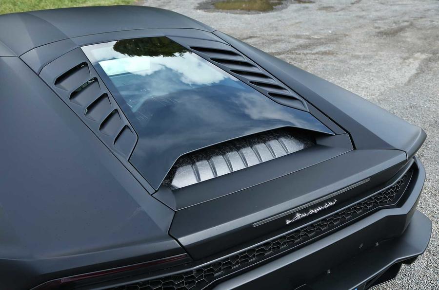 Lamborghini Huracan LP610-4 engine cover