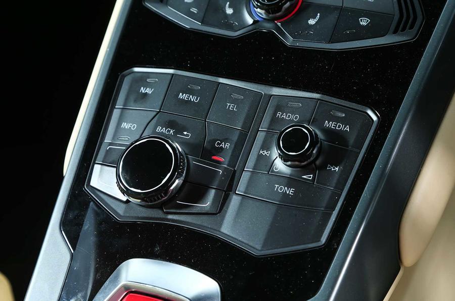 Lamborghini Huracan LP610-4 infotainment controls
